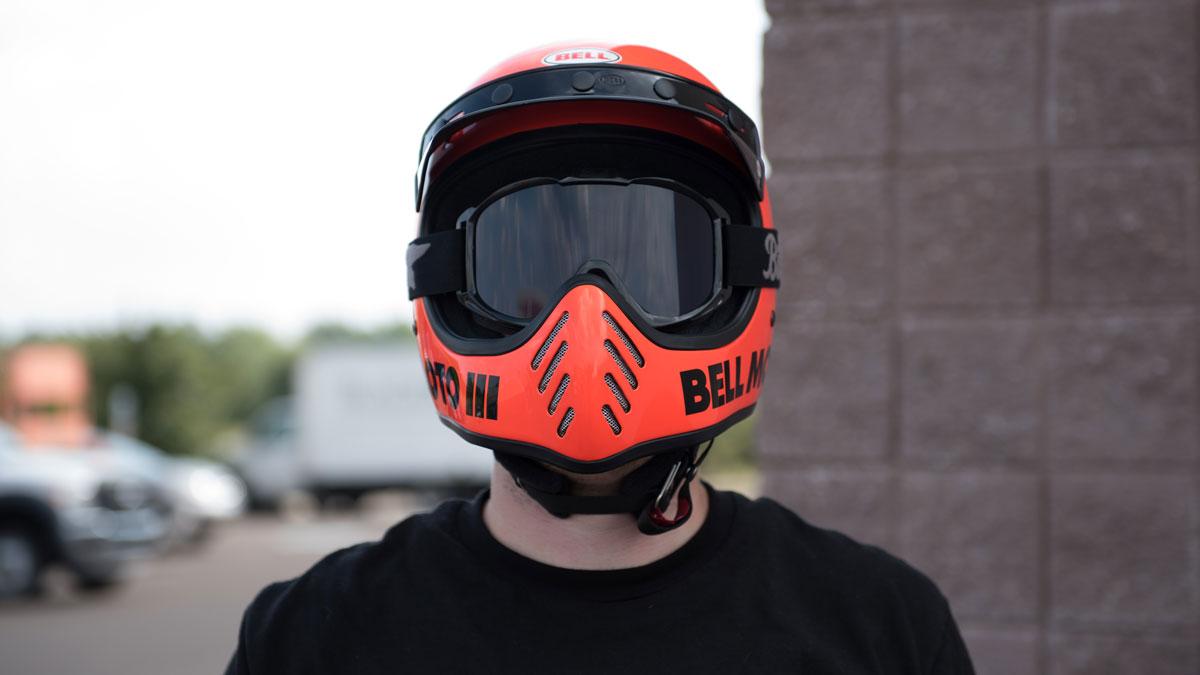 Bell Moto 3 Helmet Back In Bell Lineup Get Lowered Cycles