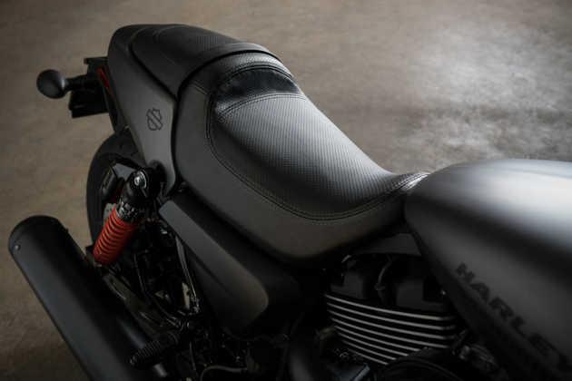2017 Harley Street Rod 750 Seat
