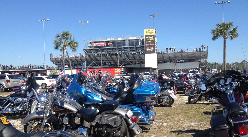 Motorcycle Parking Lot Sons of Speed Race