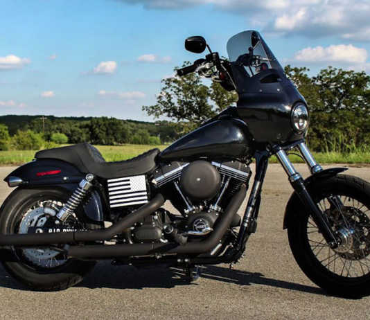 Memphis Shades Road Warrior Fairing on 2017 Dyna